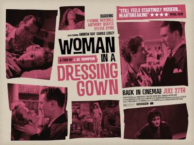 20150617023601-woman-in-a-dressing-room.jpg